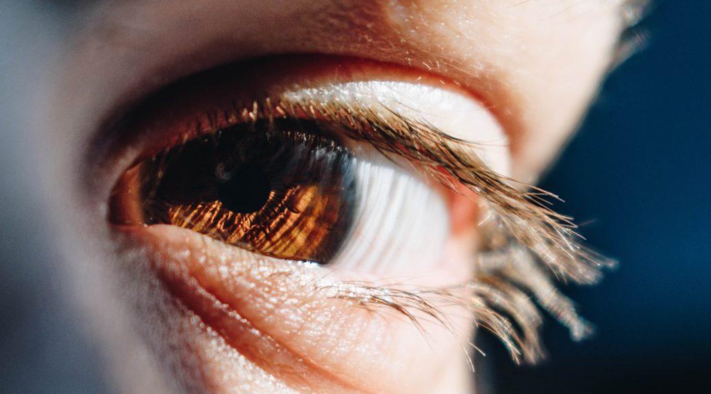 Pupille e CONSULENZA WEB OLTRE MARKETING E COMUNICAZIONE